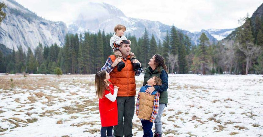 military family holiday photos